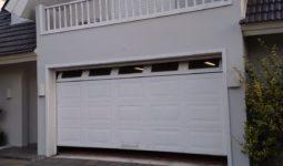 Portón levadizo seccional 2